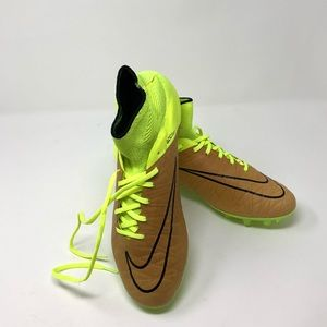 Nike Hypervenom Neon Yellow Soccer Cleats